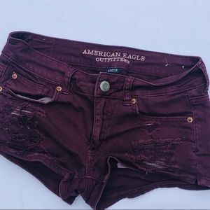 AEO Distressed Burgundy Shortie Shorts | sz 4